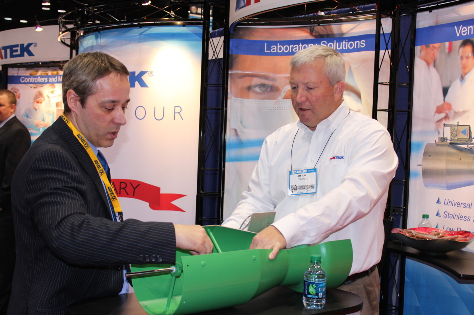 Jim Hall showing off Triatek's Venturi Valve